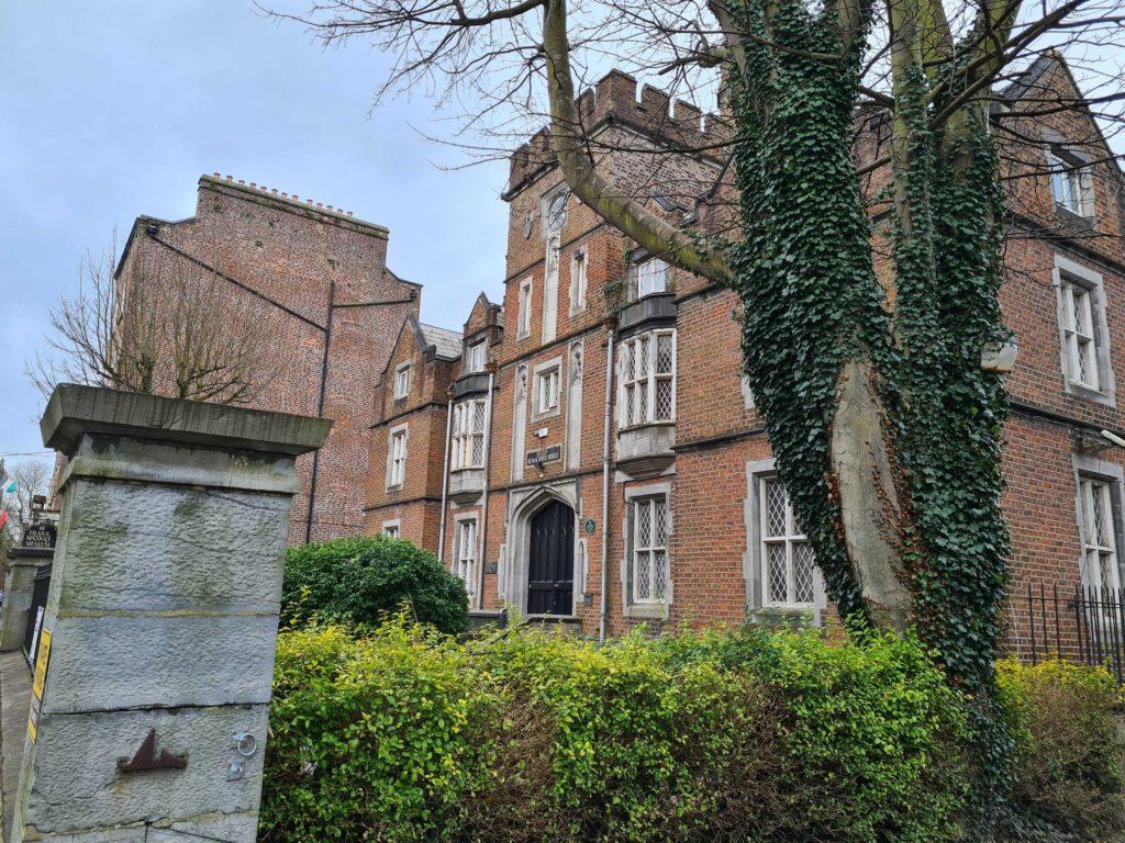 Leamy House